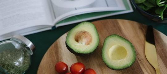 6 livres de recettes saines et savoureuses pour bien préparer l'été