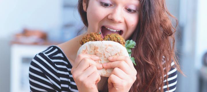 Healthy et vegan, testez la recette de falafels de patate douce de Juju Fitcats