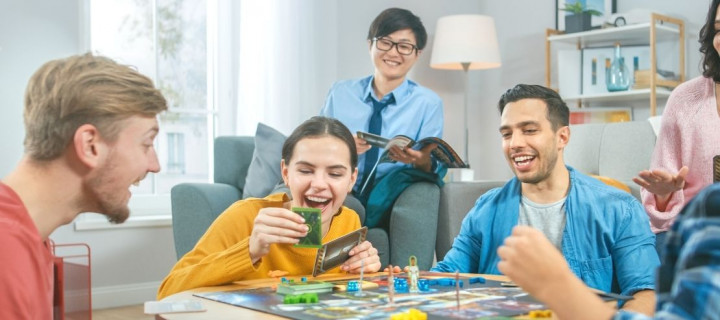 En famille ou entre amis : 25 jeux pour animer vos soirées