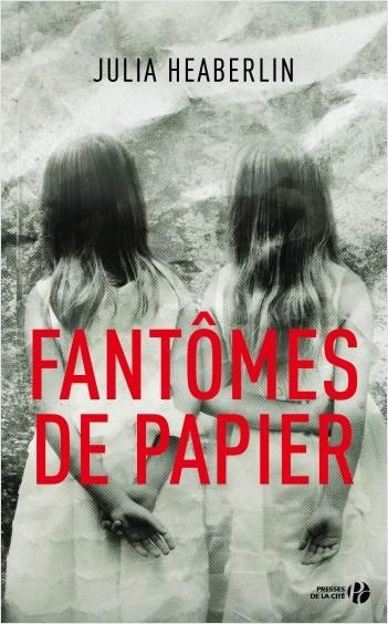 Fantômes de papier
